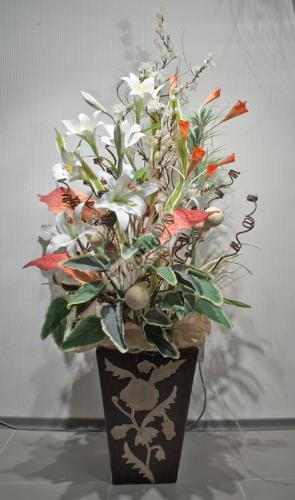 Флористика и декор своими руками: как научиться создавать красивые композиции из цветов